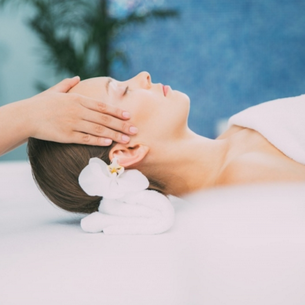 About the spa - head massage